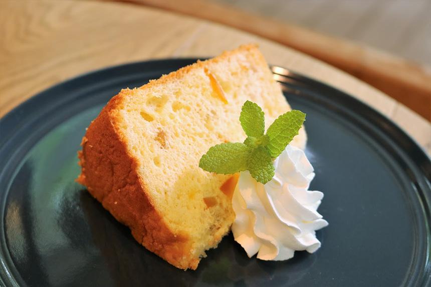 オレンジピールのシフォンケーキ