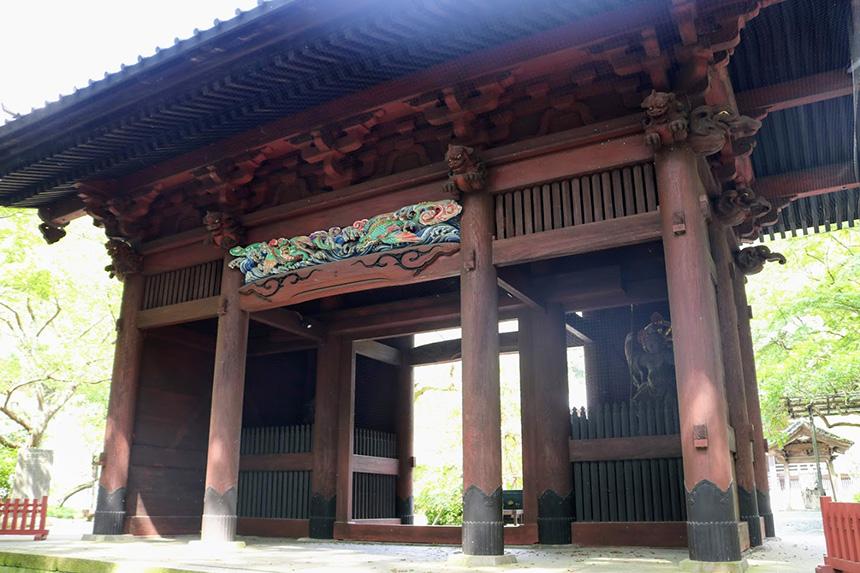 鎌倉・妙本寺の二天門