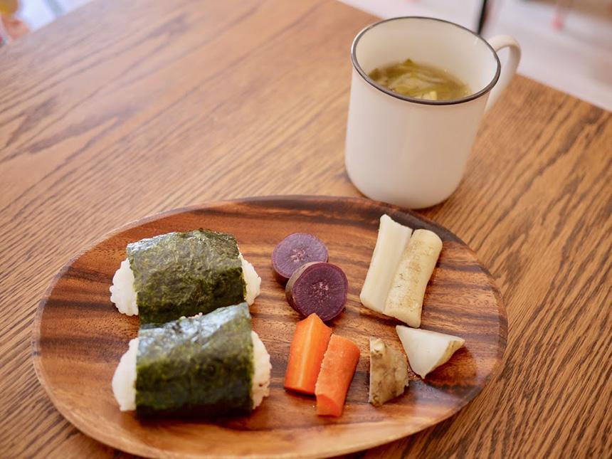 鎌倉の親子カフェ『MISORA cafe(ミソラカフェ)』のおにぎり