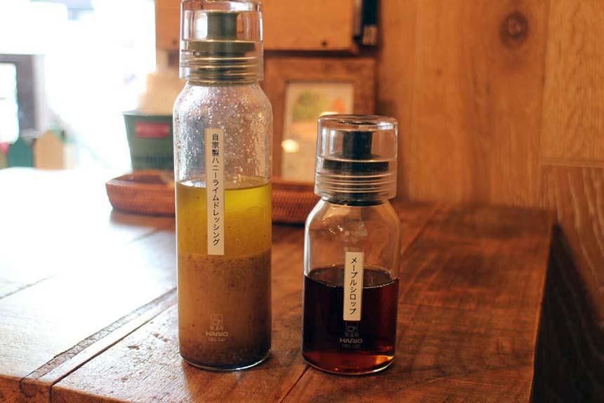 鵠沼海岸のパンケーキカフェ『PCH Coffee』の自家製ハニーライムドレッシング