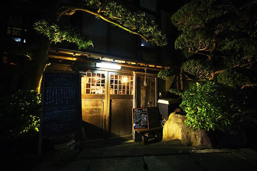 鎌倉ゲストハウスの玄関