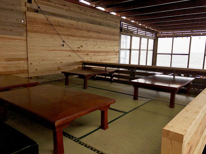 江ノ島のオーカフェの座敷席