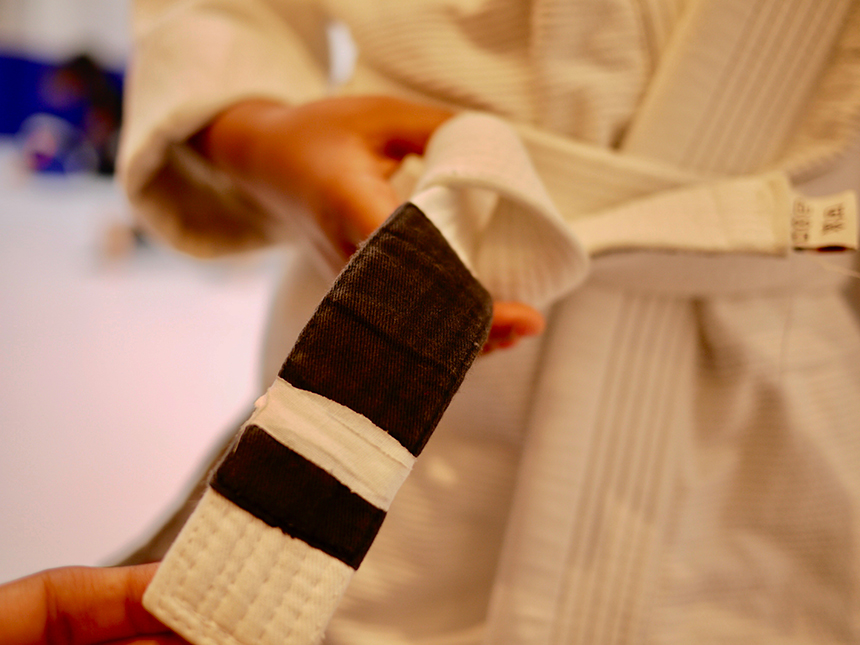 柔術の進級時は新しい色の帯