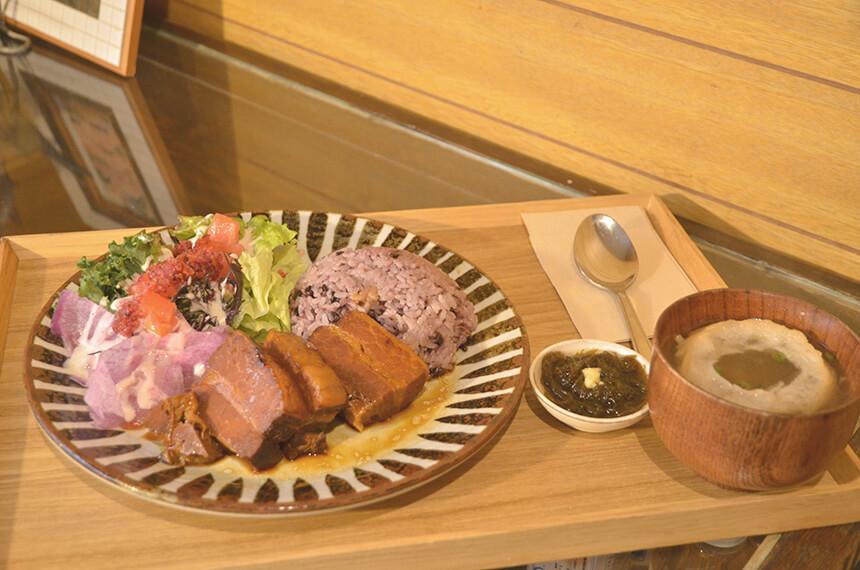 ラフテーと鎌倉野菜のプレート