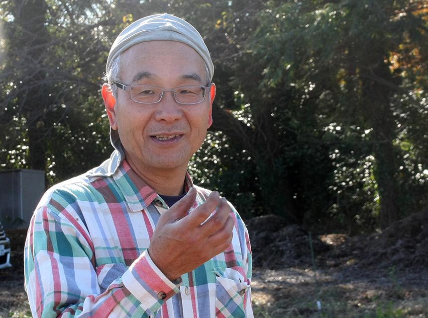 畑を監理している『でくファーム』の川上和男さん