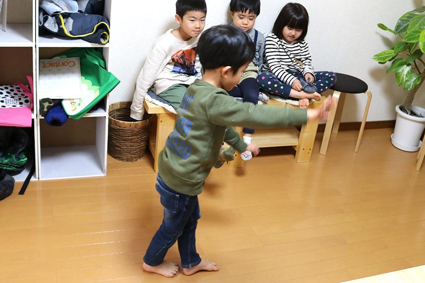 鵠沼海岸の英会話教室『Dream Tree English』に通う子どもたち