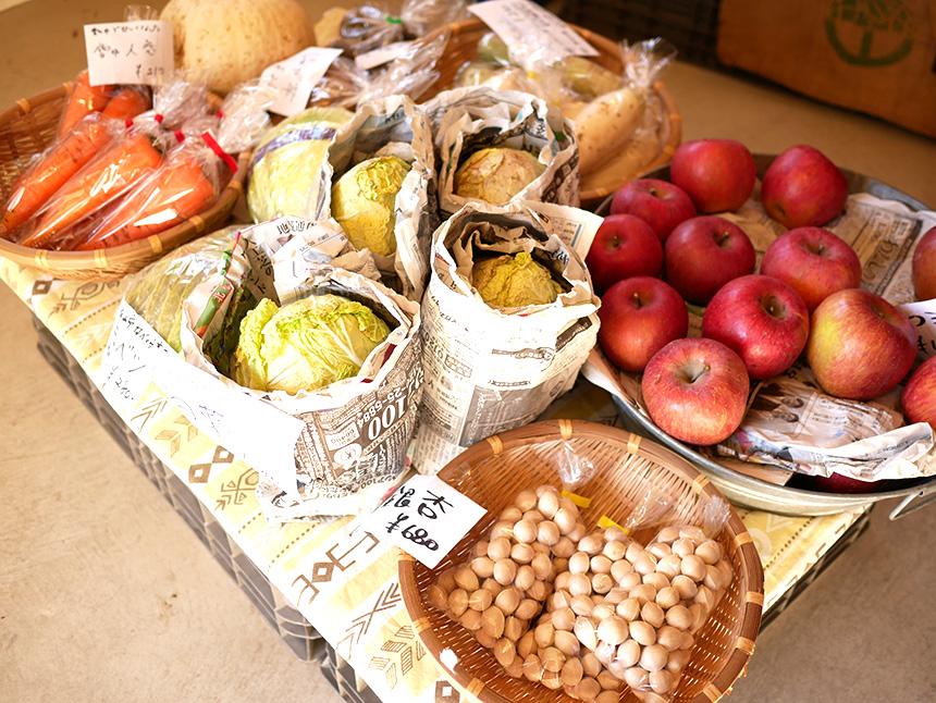 江の島片瀬にある『Tiny Store(タイニー・ストアー)』の無農薬野菜