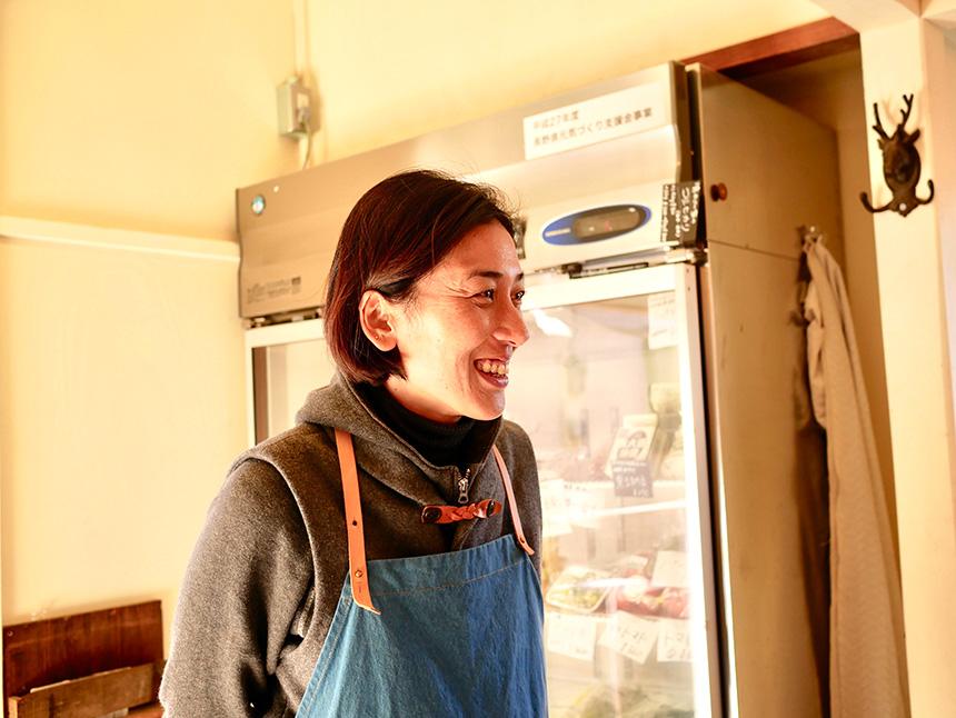 江の島片瀬の無農薬野菜『Tiny Store(タイニー・ストアー)』を運営する浜田聖さん