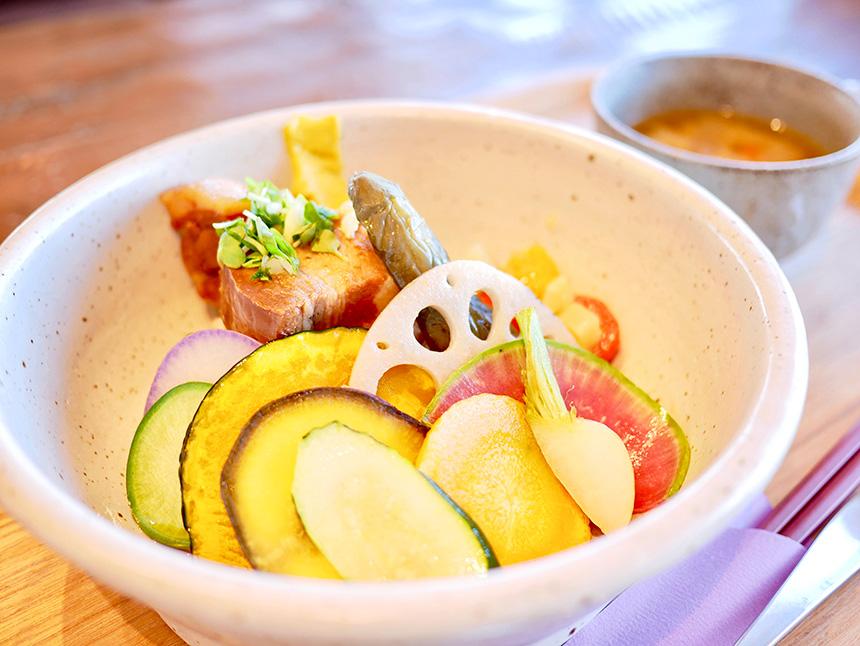 柳島キッチンの玄米ボール