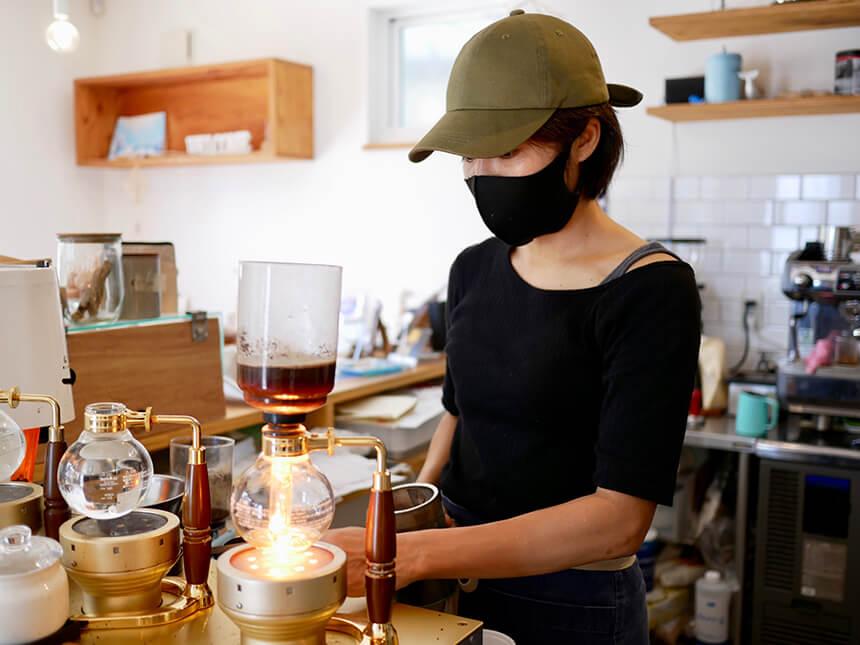 コーヒーマイスターのオーナが淹れるスペシャリティコーヒー