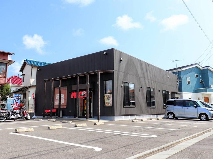 藤沢・辻堂のラーメン屋『はとり亭』の店舗外観