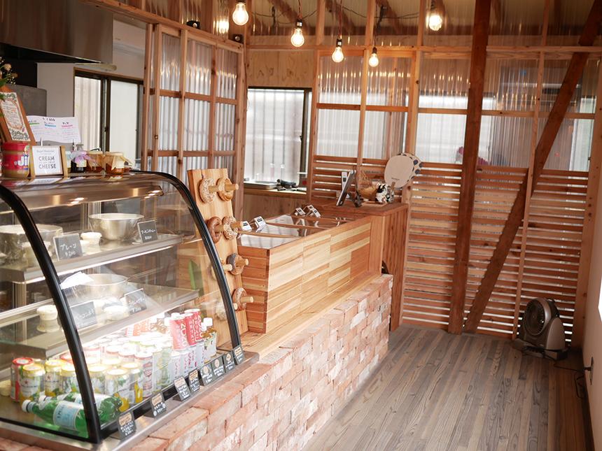 鎌倉のベーグル屋さん『べーぐるもへある』の店内