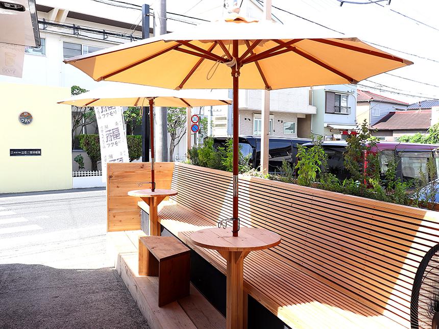 辻堂のお惣菜、お弁当のテイクアウト専門店『湘南フクモリ』のテラス席