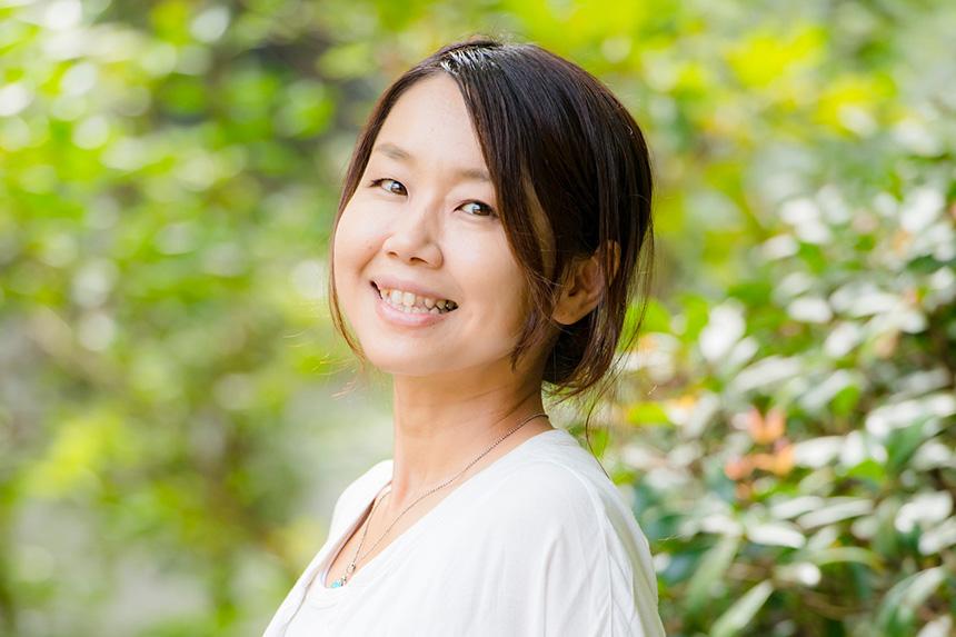 逗子・鎌倉で子連れOKのママ向けヨガを主宰する鈴木理佐さん