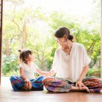 "<span class=""title"">インタビュー:産前・産後ママ向けヨガ『re-loop yoga』主宰 鈴木理佐さん</span>"
