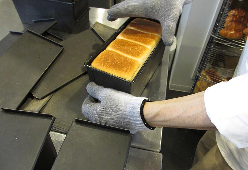 辻堂のパン屋『食パン工房 fluffy(フラフィー)』の製造工程