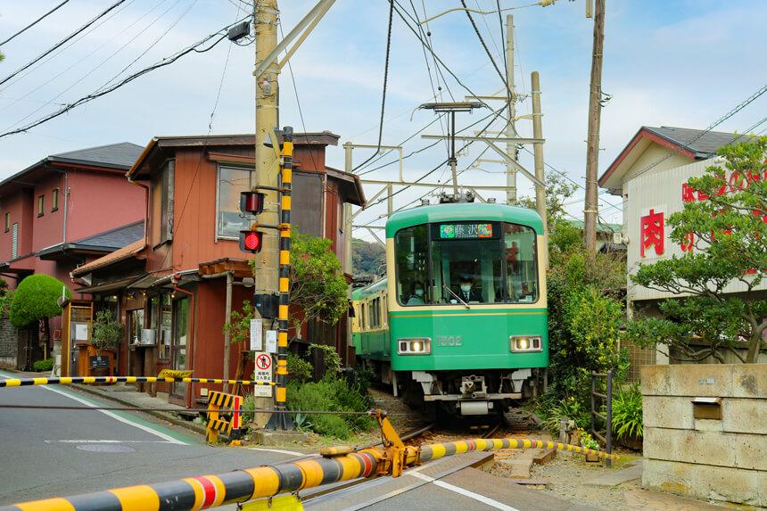 江ノ電稲村ヶ崎駅