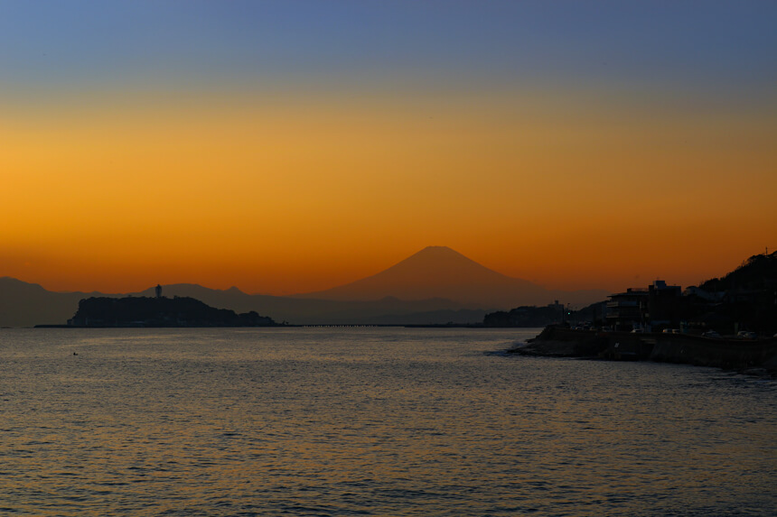 稲村ヶ崎から眺める富士山