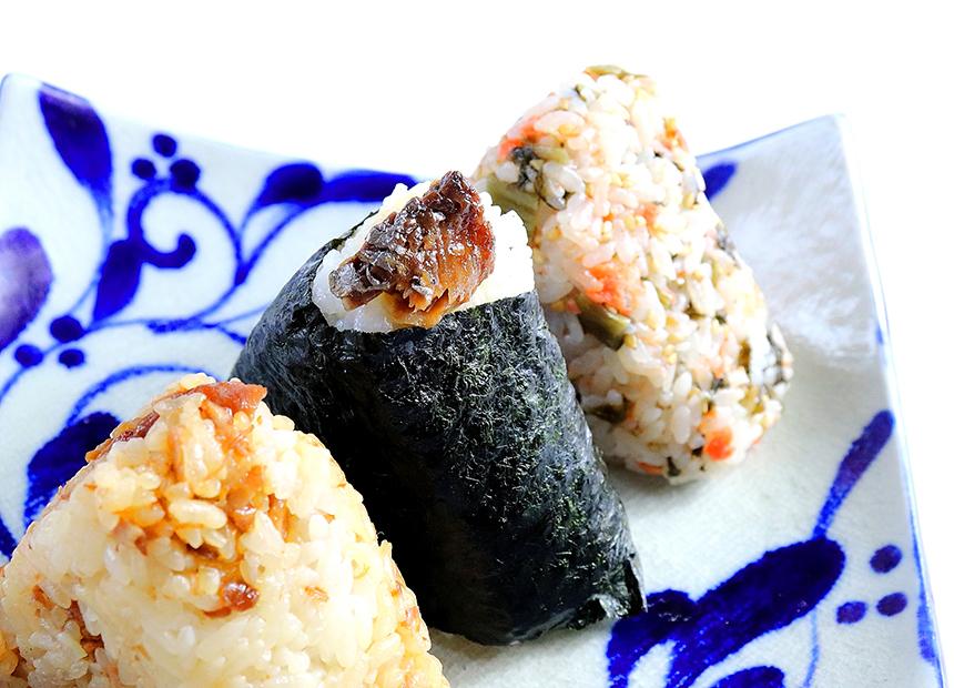 『秋刀魚の甘露煮』のおにぎり
