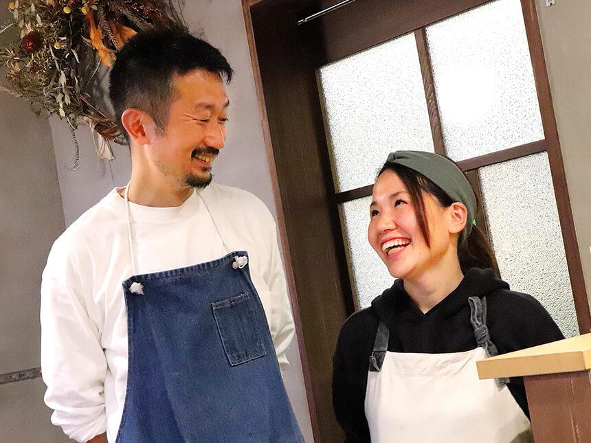 茅ヶ崎『いろどり食堂』の笑顔のオーナー夫妻