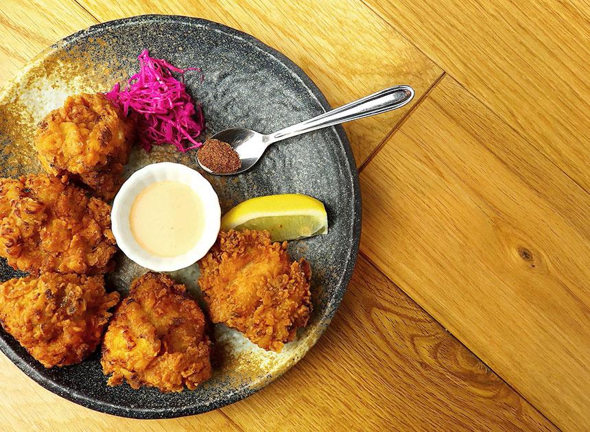 茅ヶ崎『いろどり食堂』の「鶏のから揚げ」のソース