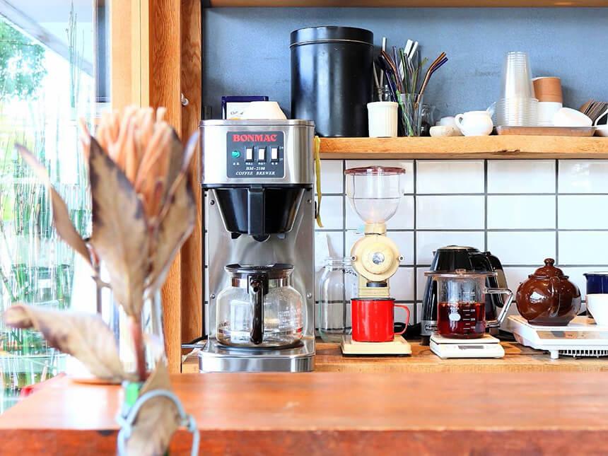 鎌倉のカフェ・ケーキ『POMPON CAKES(ポンポンケークス)』のコーヒーメーカー