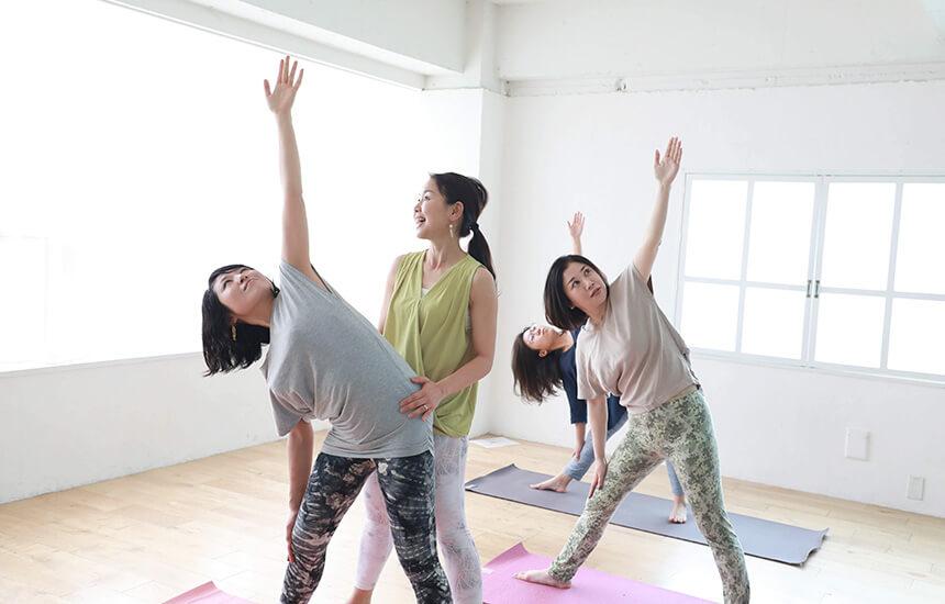 産前・産後ママ向けヨガ『re-loop yoga(リループヨガ)』 鈴木理佐さん