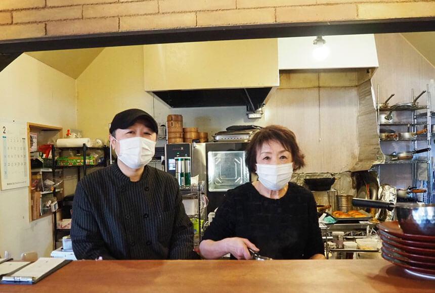 葉山のカフェ『Cafe 会英楼(かいえいろう)』のオーナーシェフと創業者の娘のお母さま