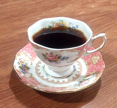 葉山のカフェ『Cafe 会英楼(かいえいろう)』のコーヒー