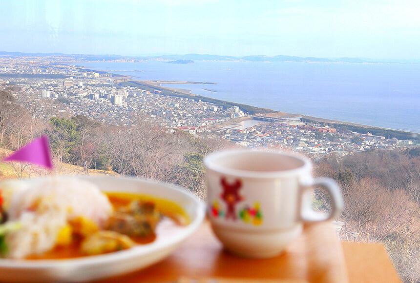 平塚『湘南平』のレストラン『Flat(フラット)』から湘南の眺望