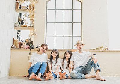 写真館・フォトスタジオ「スタジオカノン」で家族写真撮影