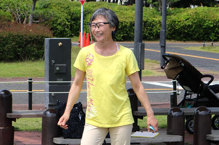 辻堂海浜公園「ママヨガ湘南」を主催する先生