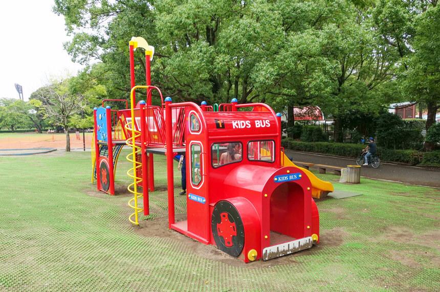 幼児・小さな子ども向けの遊具「キッズバス」