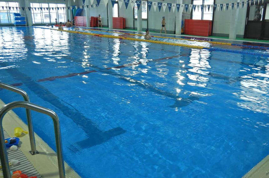 逗子スポーツクラブのプール